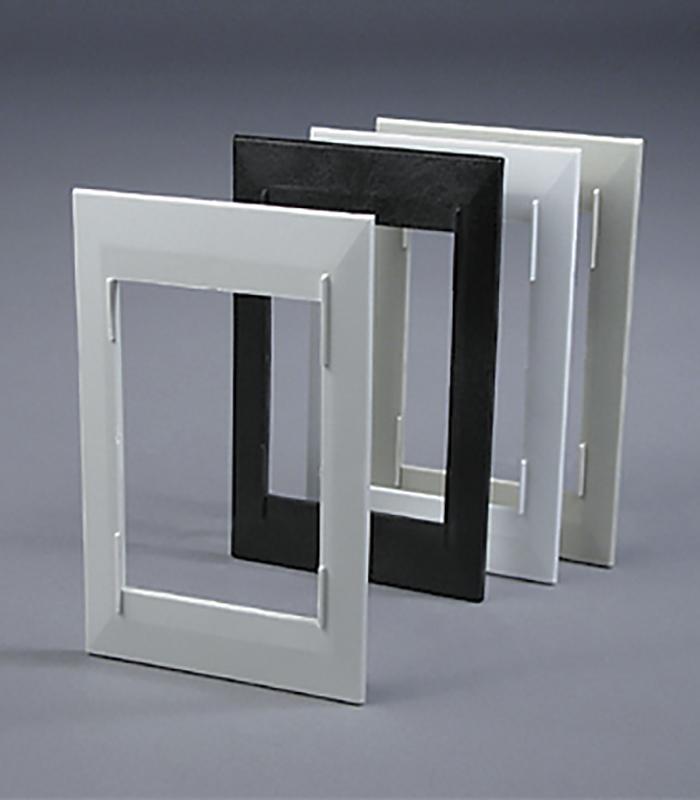 Декоративная рамка (белая)