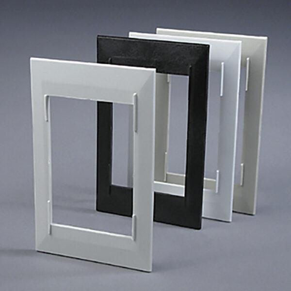 Декоративная рамка слоновая кость для пневморозетки